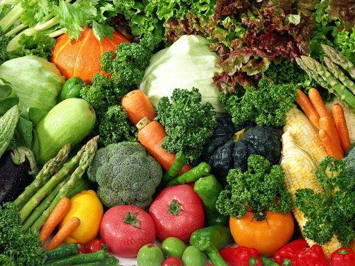 免疫システムを高めるために役立つ食品と栄養素