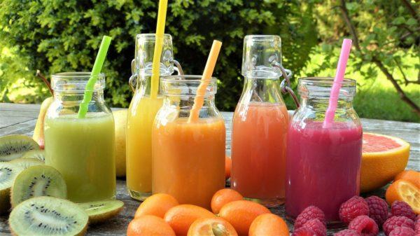 その飲み物は体に入っても安全ですか?気をつけたい飲料の選び方